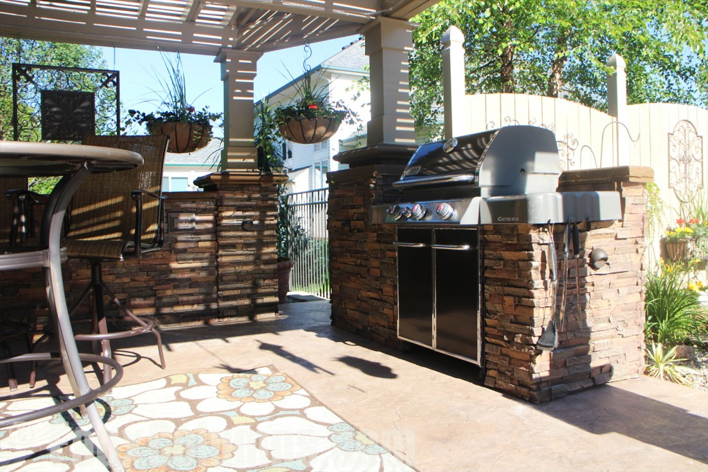The Earth color faux column wraps are ideal for outdoor kitchens.