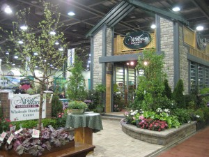 Trade show display by Willoway Nurseries using stone veneer panels and columns.