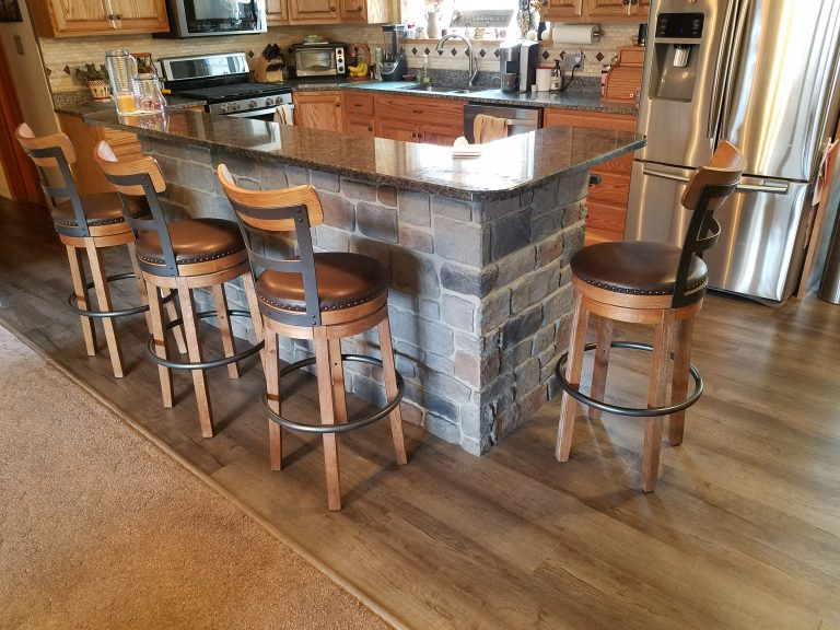Kitchen island resurfaced with Carlton Cobblestone panels in Smoke color.